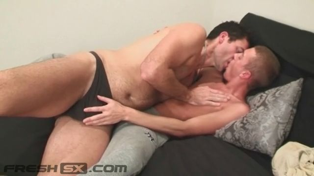 Guy giving himself a blowjob