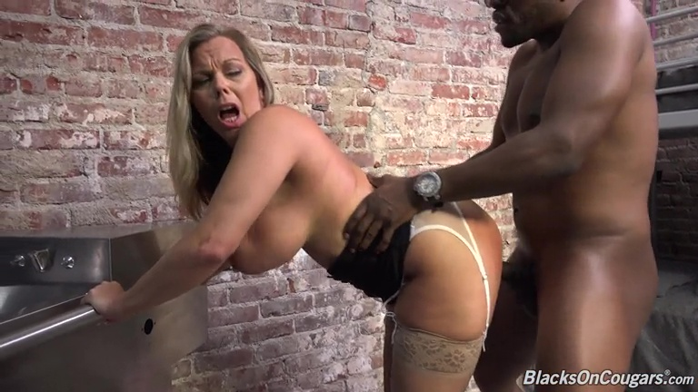 Your amber lynn blowjobs gets off